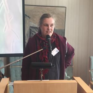 Johanna Pira håller tal vid kongressen i Norrköping 2018